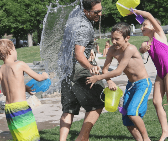 Juegos y deportes recreativos para jóvenes y adultos