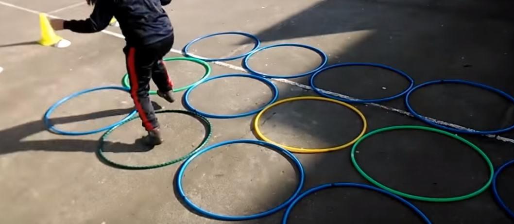 juegos con aros para niños